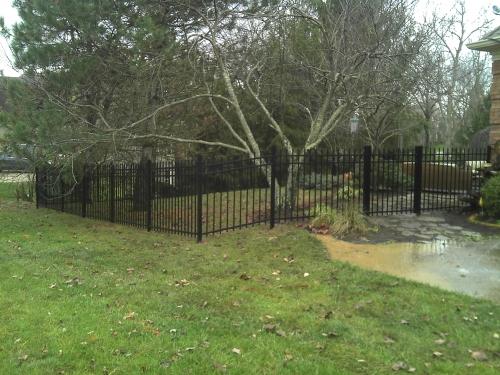 4ft Aluminum around backyard fence